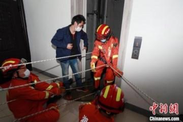 老旧电梯安全事故引关注电梯有退休年龄吗