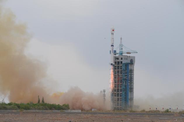 七战七捷长四乙火箭成功发射海洋二号D星中国首个海洋动力环境卫星星座来了